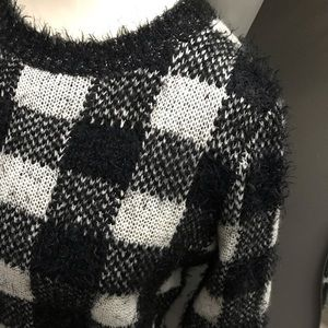 Cable & Gauge Sweaters - Cable & Gauge buffalo check fizzy sweater